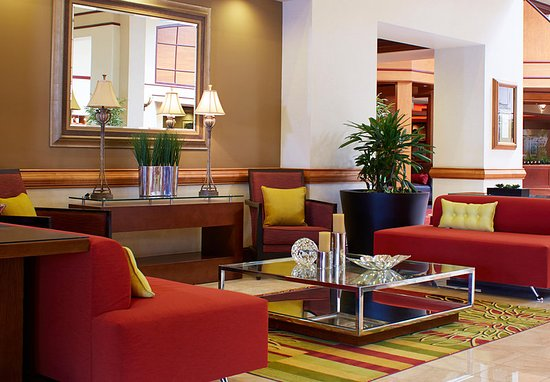 Warrensville Heights, OH: Lobby