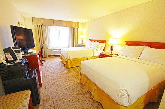 Holiday Inn Express Walnut Creek: Guest room