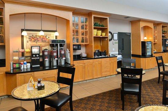 Comfort Suites Airport Tukwila: Other