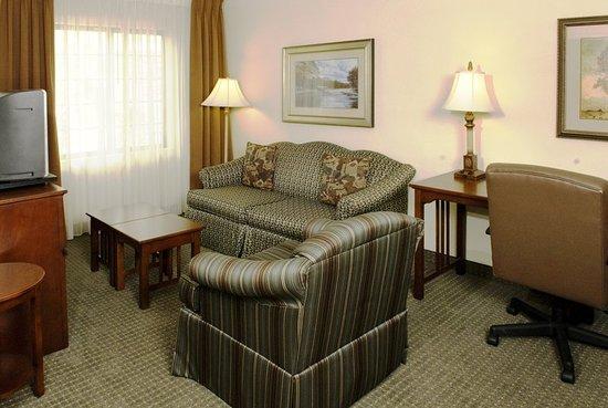 Staybridge suites savannah airport 129 1 4 6 updated 2018 prices hotel reviews ga for Hotels with 2 bedroom suites in savannah ga