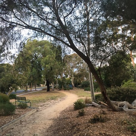 Things To Do in Thomas Street Reserve, Restaurants in Thomas Street Reserve