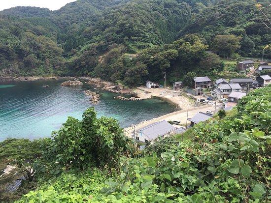 小さな漁港 - 香美町、鎧漁港の写真 - トリップアドバイザー