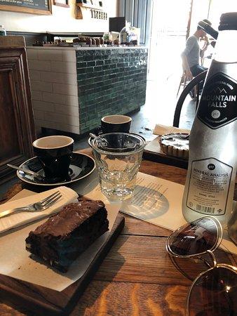 Honest Chocolate Cafe Photo