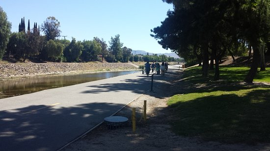 Arroyo Simi Bike Path