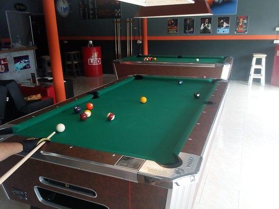 Blackball, Pool Club & Bar