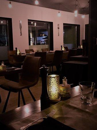 nieuw interieur - Picture of M-EAT Restaurant, Sint-Martens-Latem ...