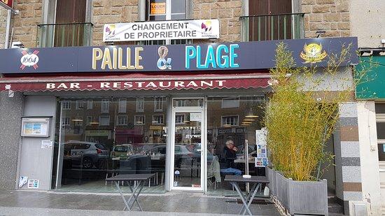 Periers, France: Enseigne