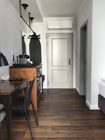 the dude berlin mitte berliini arvostelut sek hintavertailu tripadvisor. Black Bedroom Furniture Sets. Home Design Ideas
