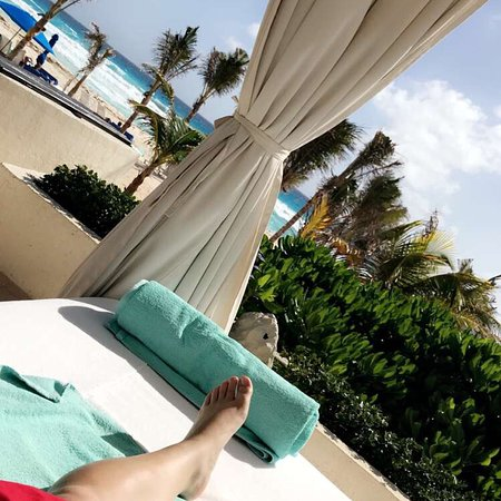 Picture of live aqua beach resort cancun cancun tripadvisor for Live aqua cancun garden view room