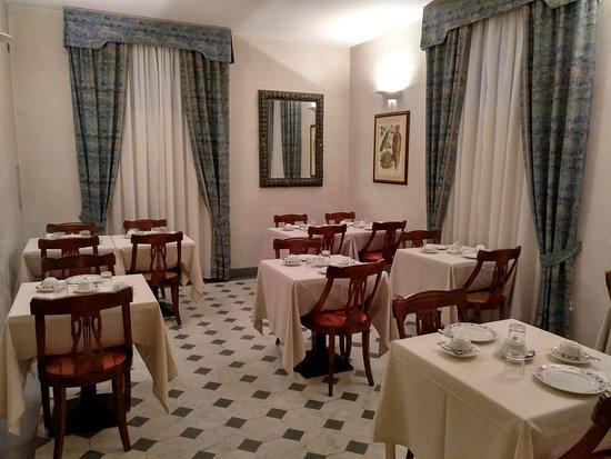 馬拉斯皮納飯店照片
