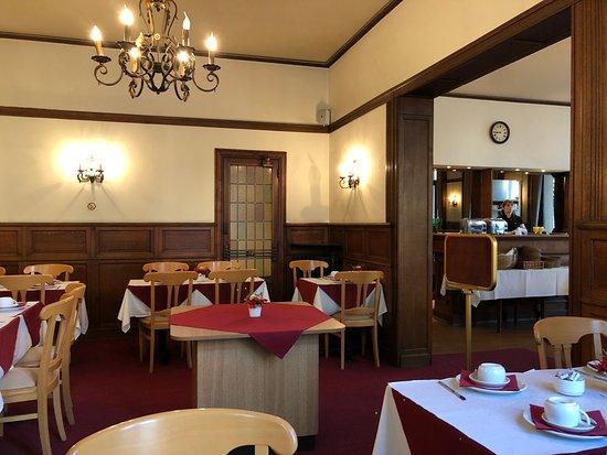 Hotel a la Grande Cloche: Breakfast room