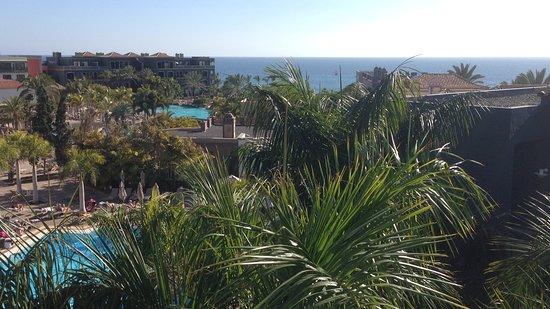 Lopesan Villa del Conde Resort & Corallium Thalasso: Dit prachtig zicht hadden we uit onze kamer