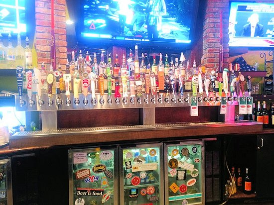 Jeffersonville, IN: draft beer selection