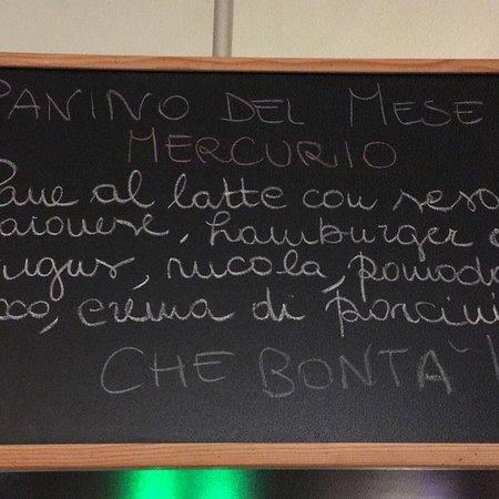 Condove, Italia: ..oltre ai mitici hamburger con carne di fassone piemontese, trovate anche molti piatti buonissi
