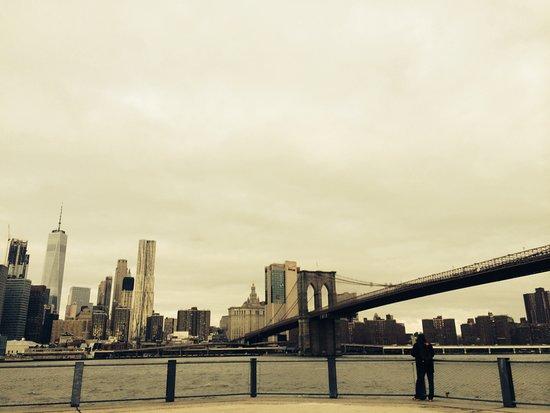 Brooklyn Bridge Park: 什麼都不做就坐著發呆也很好