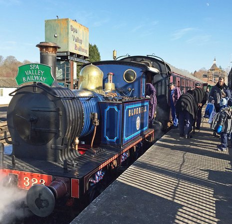 Spa  Valley  Railway: The Bluebell Visits Spa Valley Railway in Tunbridge Wells