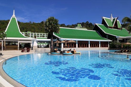 Great beach and lagoon pool