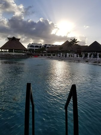 Heaven at the Hard Rock Hotel Riviera Maya: received_1829965867015081_large.jpg
