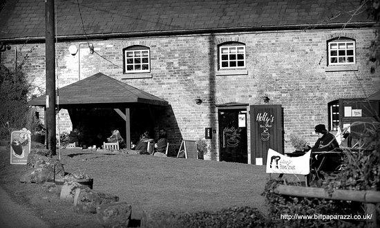 Hetty's Tea Shop: Tearooms in B&W
