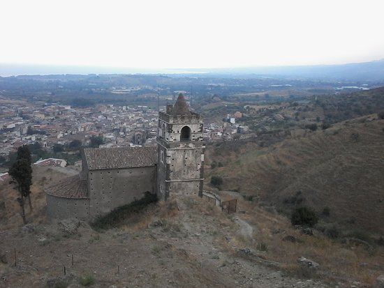 Chiesa del Santissimo Crocifisso - Calatabiano.