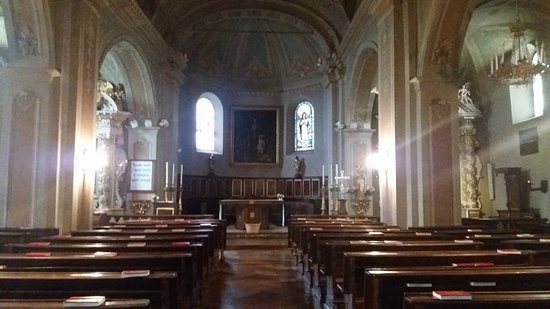 Chiomonte, Italy: Interno chiesa