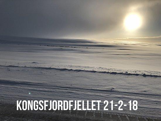 Batsfjord, Норвегия: Kongsfjordfjellet må passeres hvis en kommer med bil