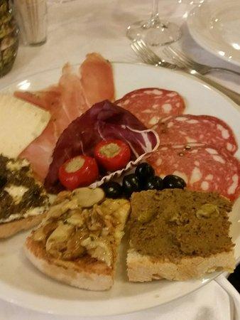 Piancastagnaio, Italy: 20180224_134209_large.jpg