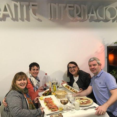 International Restaurant: photo0.jpg