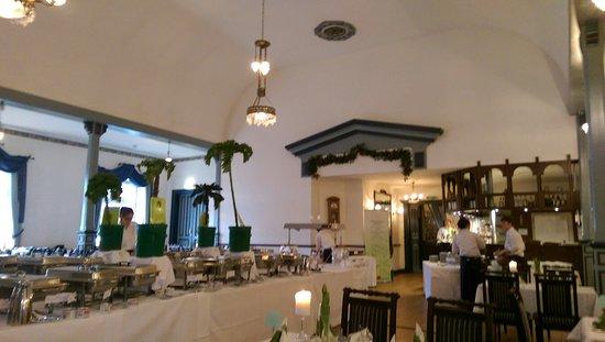 Jork, Германия: Grünkohl-Buffet - eine tolle Auswahl und lecker!