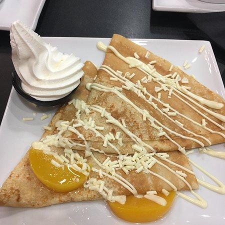 Creams Gelato Cafe Εικόνα