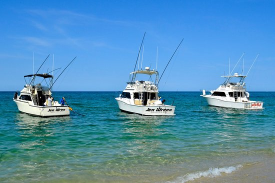 Los Barriles, Mexico: Jen Wren fleet.  Finest deluxe twin engine cruisers on the East Cape
