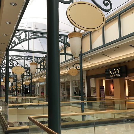 Манчестер, Коннектикут: The Shoppes at Buckland Hills