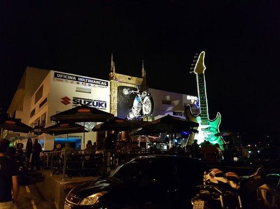 Moto Café