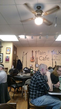 Pleasant Plain, OH: Another fun evening at Plain Folks Cafe.