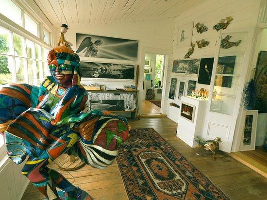 Waipawa, New Zealand: Artmosphere Gallery Entrance