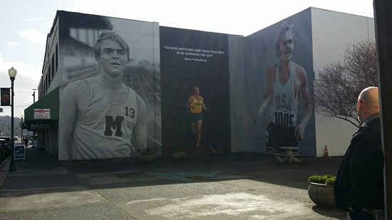 Coos Bay, OR : Steve Prefontaine Murals