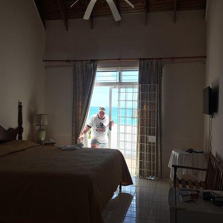 Whispering Bamboo Cove Resort: photo4.jpg