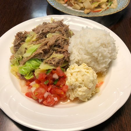 how to make kalua pork and cabbage