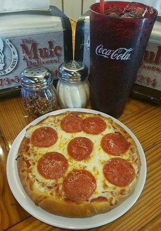 "Iron Mule: Our 7"" Lunch Special Pizza"