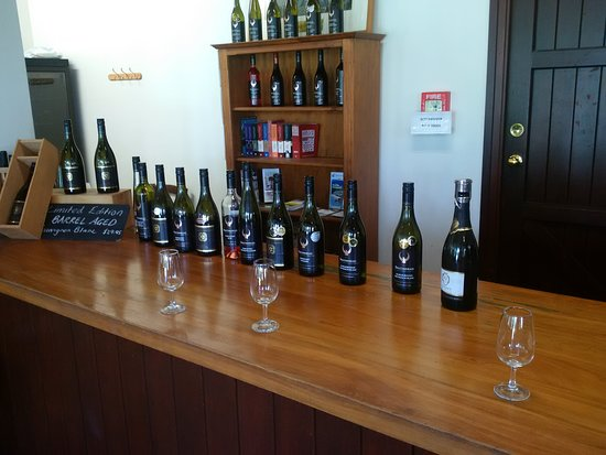 Leveret Estate Winery and Cellar Door: The many wines we tasted.
