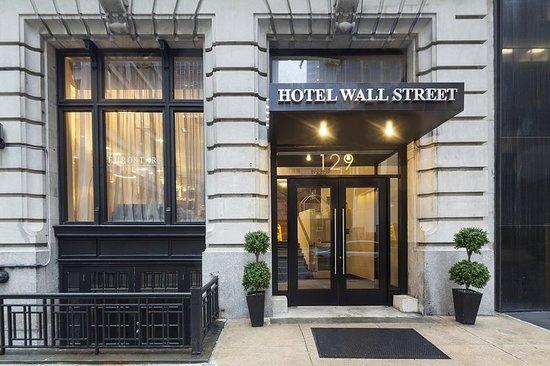 Eurostars Wall Street: Exterior
