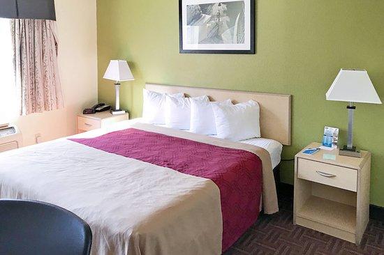 Gloucester City, NJ: Guest room