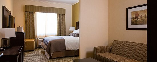 The Oaks Hotel & Suites: Guest room
