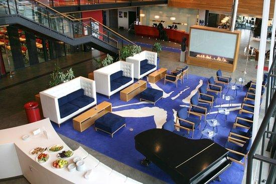 Ulsteinvik, Norvegia: Lobby
