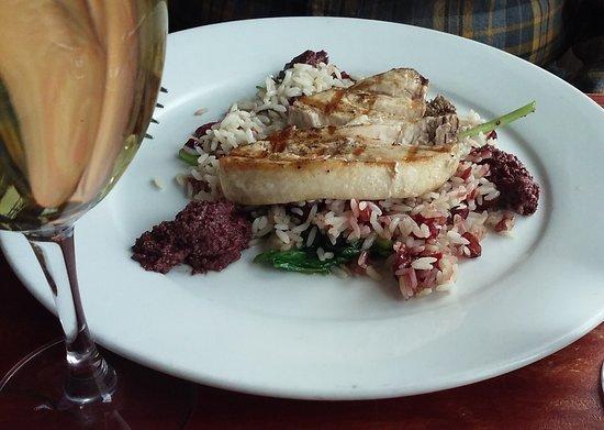 Newbury, MA: Grilled fish