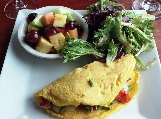 Newbury, MA: Lobster omelette