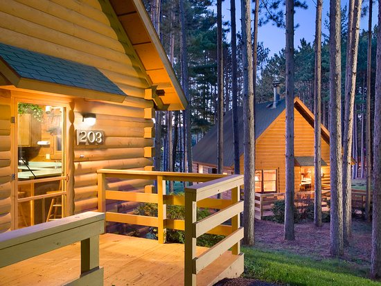 Christmas mountain village updated 2018 prices resort for Cheap cabins in wisconsin dells