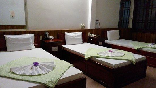 Hoa My Hotel: Phòng 3 giường đơn
