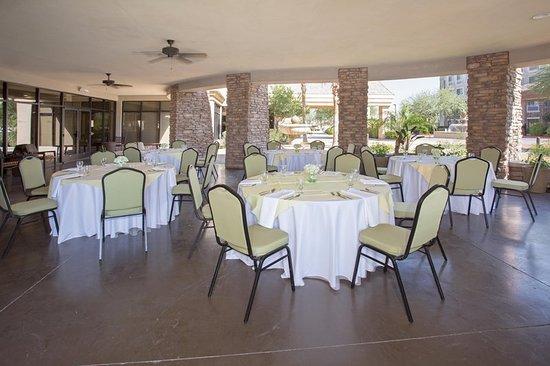 Hilton Garden Inn Phoenix/Avondale: Exterior