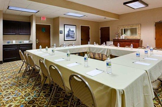 Hampton Inn Staunton : Meeting room